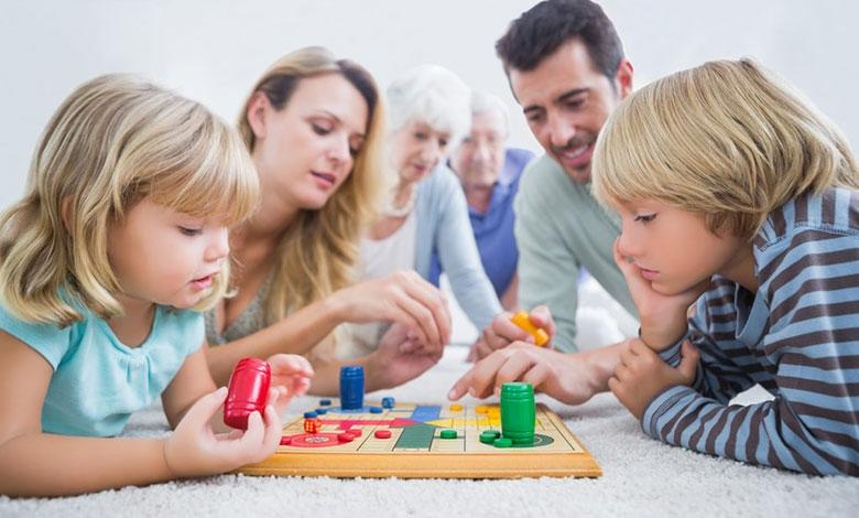 Zakaj igrati družabne igre?