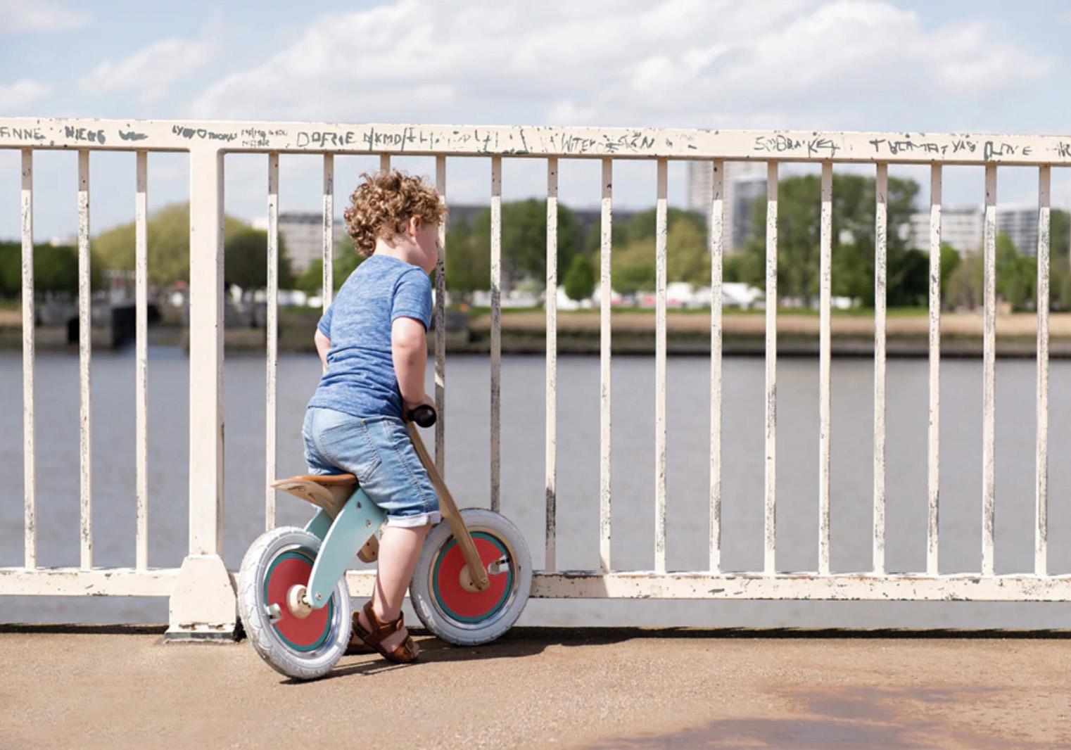 Hitrejši razvoj otroške motorike z poganjalci